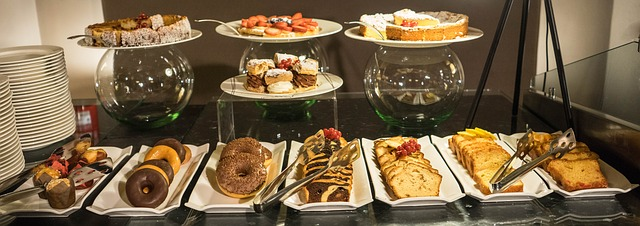 breakfast-buffet-1146249_640