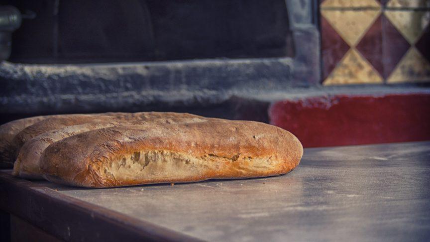 bread-farmer-582751_1920